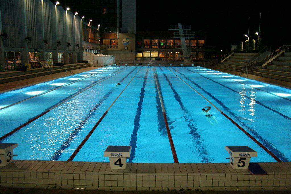 piscine-en-noctune